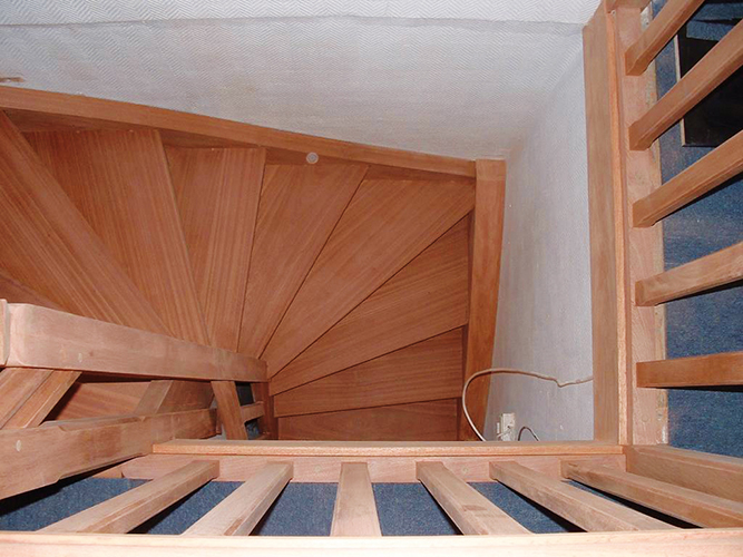 escaliers menuiserie binet caen menuiserie sur mesure calvados. Black Bedroom Furniture Sets. Home Design Ideas